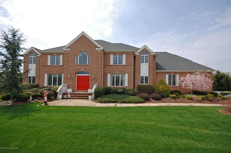 Maison unifamiliale pour l Vente à 6 Twin Lakes Drive 6 Twin Lakes Drive Colts Neck, New Jersey 07722 États-Unis