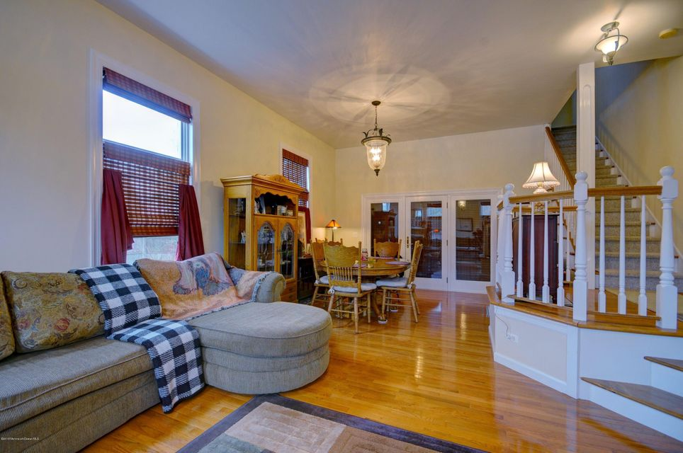 Additional photo for property listing at 414 Central Avenue  Spring Lake, New Jersey 07762 États-Unis