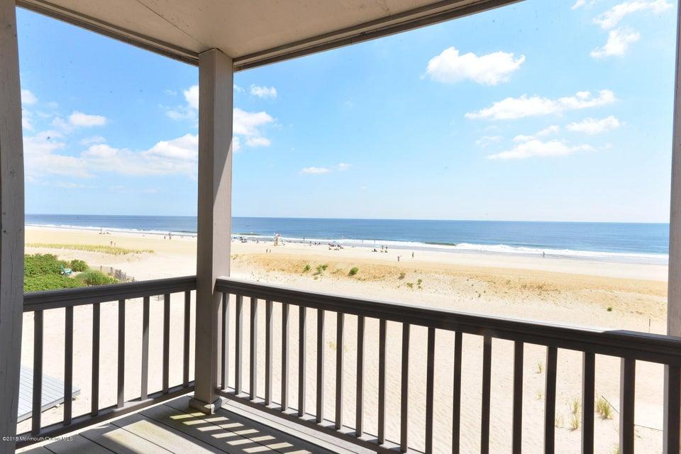 Photo of home for sale at 704 Morven Terrace Terrace, Sea Girt NJ