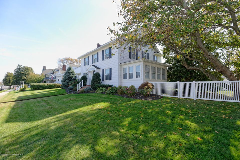Single Family Home for Sale at 225 Lincoln Avenue Avon By The Sea, New Jersey 07717 United States