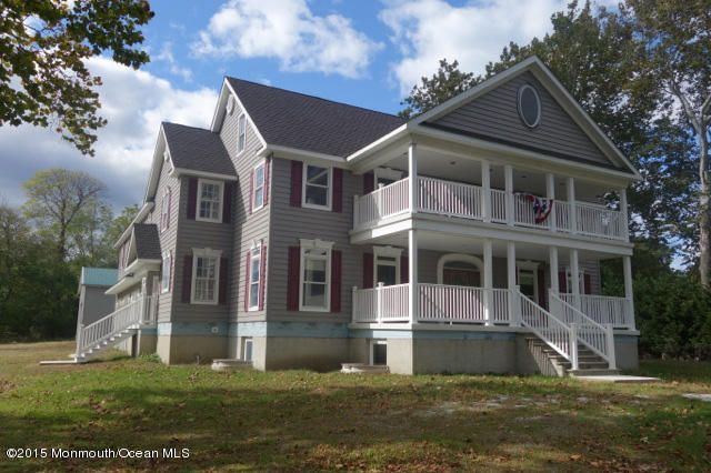 Photo of home for sale at Squankum Road Road, Farmingdale NJ