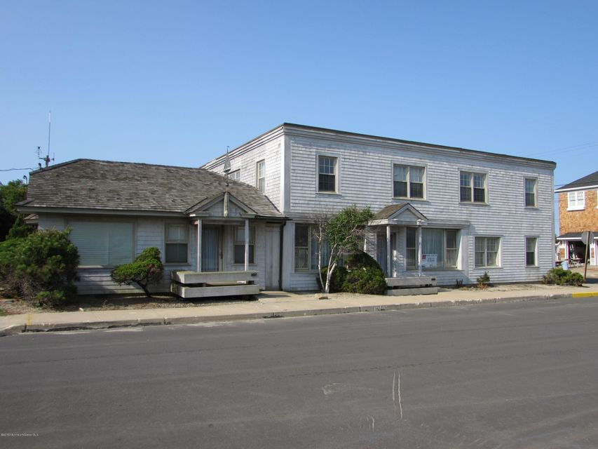 Multi-Family Home for Sale at 207-209 Downer Avenue Mantoloking, New Jersey 08738 United States