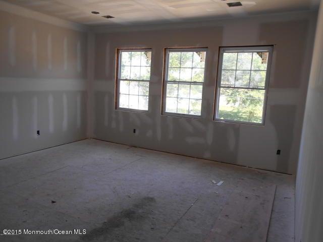 Additional photo for property listing at 1824 Broadway Boulevard  汤姆斯河, 新泽西州 08757 美国