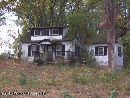 Maison unifamiliale pour l Vente à 523 Union Hill Road Englishtown, New Jersey 07726 États-Unis