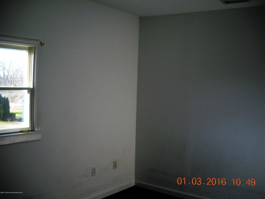 Additional photo for property listing at 516 Wrightstown Sykesville Road  Wrightstown, New Jersey 08562 États-Unis