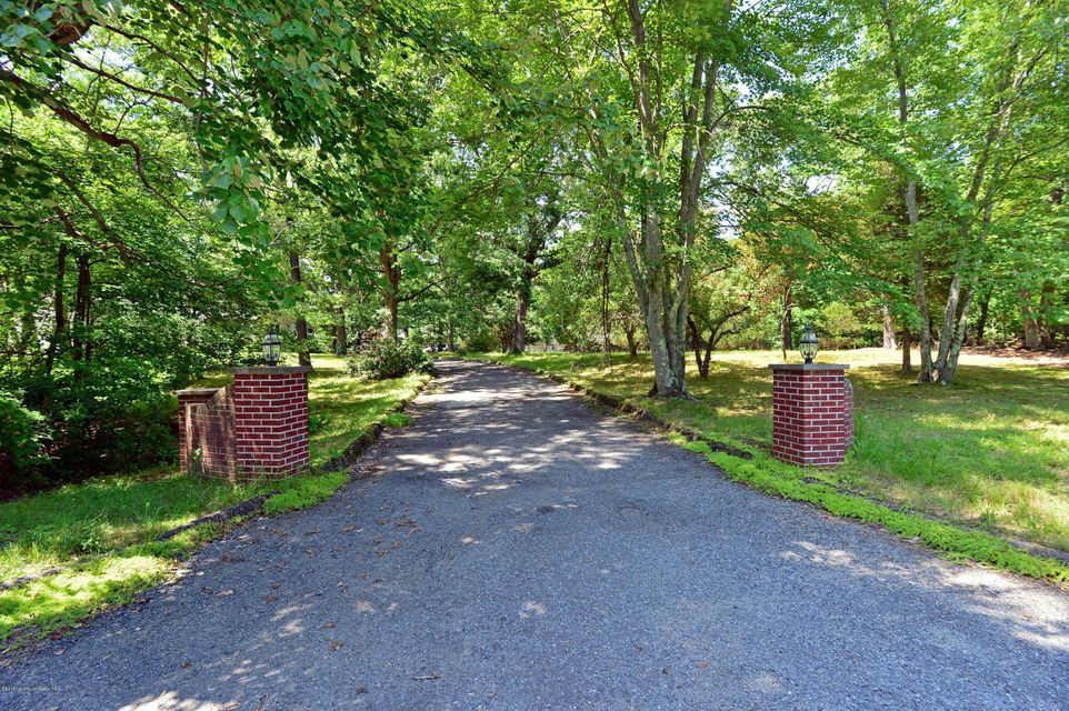Additional photo for property listing at 536 Farms Road  Howell, Nueva Jersey 07731 Estados Unidos