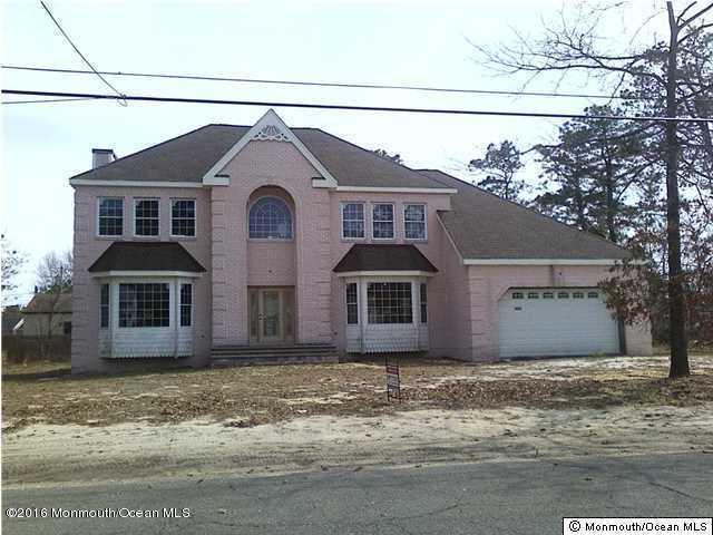 独户住宅 为 销售 在 1824 Broadway Boulevard 汤姆斯河, 新泽西州 08757 美国