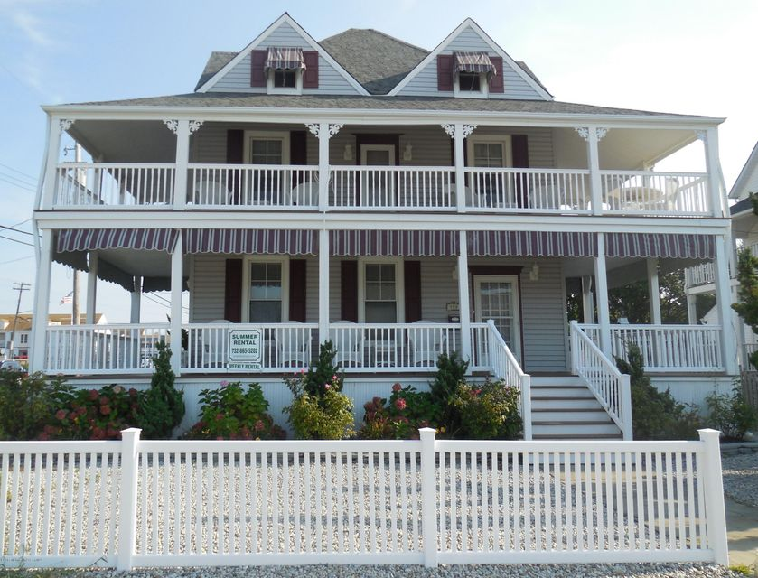 Single Family Home for Rent at 100 New Jersey Avenue Point Pleasant Beach, 08742 United States