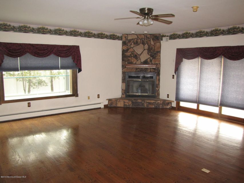 Additional photo for property listing at 596 Baron Street  Toms River, New Jersey 08753 United States