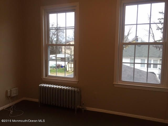 Additional photo for property listing at 65 South Street  Freehold, New Jersey 07728 États-Unis