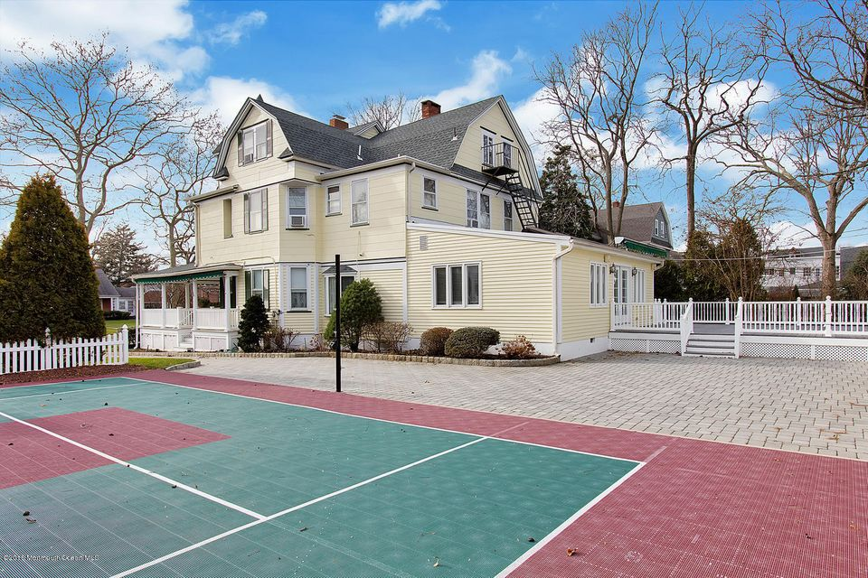 Additional photo for property listing at 208 Jersey Avenue  Spring Lake, New Jersey 07762 États-Unis