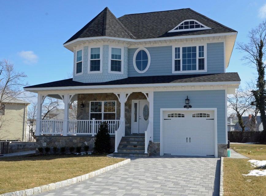 独户住宅 为 销售 在 152 Chelsea Avenue 朗布兰奇, 新泽西州 07740 美国