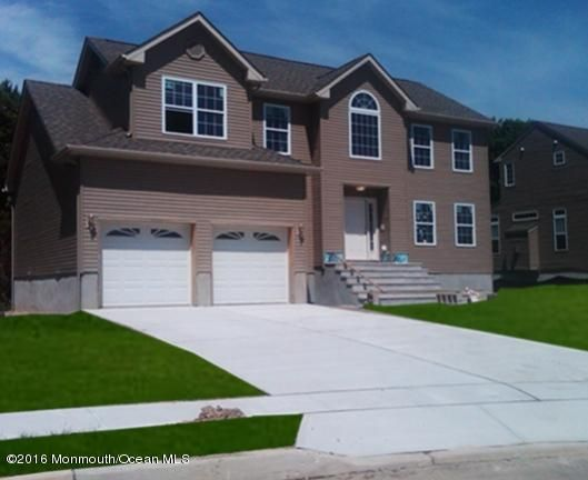 Single Family Home for Sale at 8 Jamie Court Barnegat, New Jersey 08005 United States