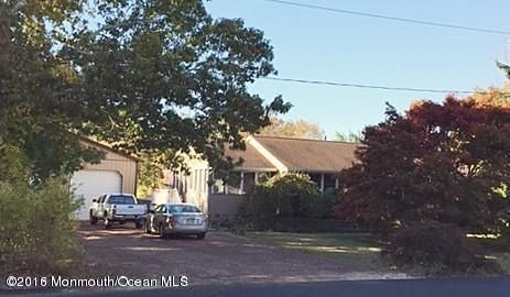 Casa Unifamiliar por un Venta en 13 Hickory Lane Bayville, Nueva Jersey 08721 Estados Unidos