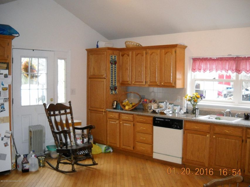 Additional photo for property listing at 305 Ellisdale Road  Chesterfield, Nueva Jersey 08515 Estados Unidos