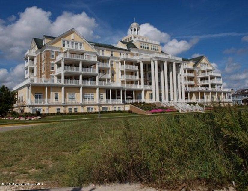 共管式独立产权公寓 为 出租 在 700 Ocean Avenue 斯普林莱克, 新泽西州 07762 美国