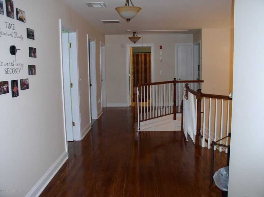 Additional photo for property listing at 8 Trenton Lakewood Road  Clarksburg, New Jersey 08510 États-Unis