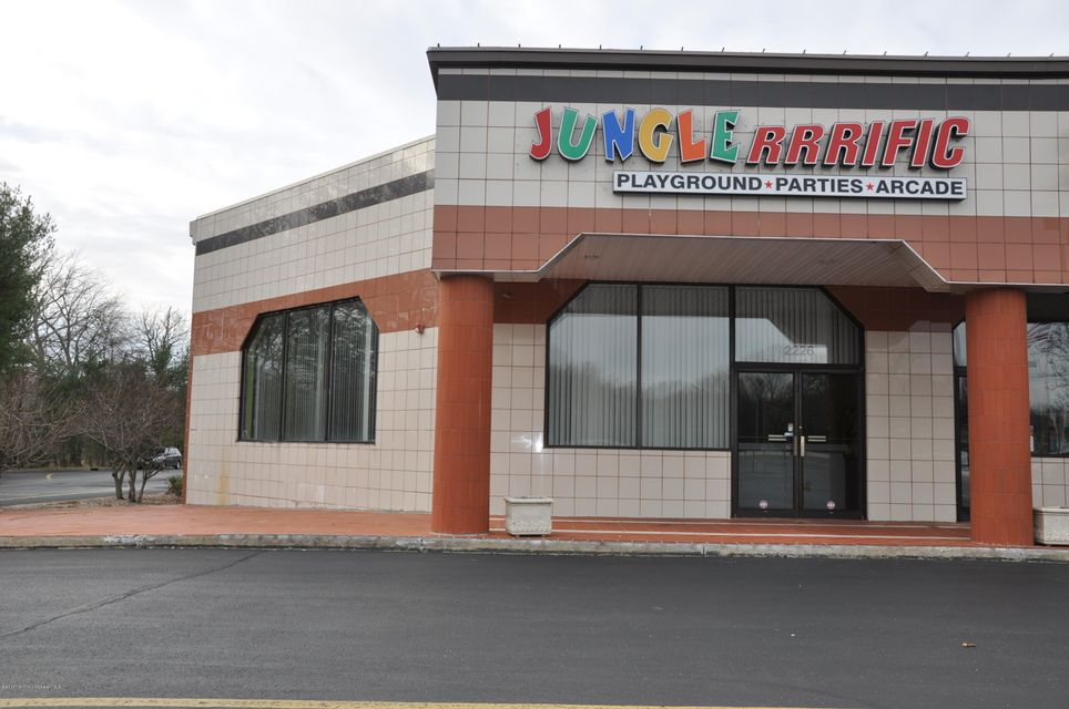 Commercial for Sale at 2226 Us 9 Howell, New Jersey 07731 United States