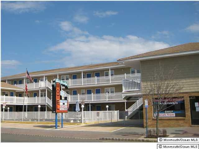 Commercial for Sale at 2 Boulevard Seaside Heights, New Jersey 08751 United States