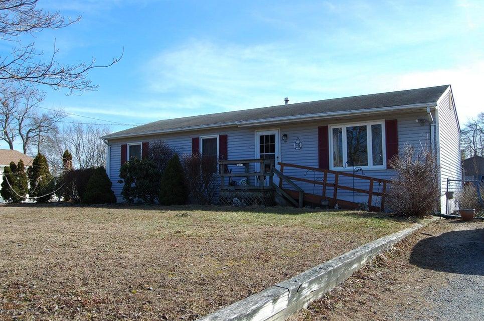 独户住宅 为 销售 在 606 Birch Street 贝维尔, 新泽西州 08721 美国