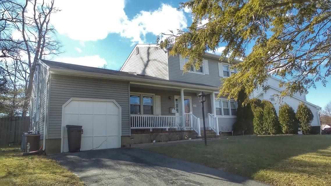 独户住宅 为 出租 在 2423 Homestead Avenue 斯普林莱克海茨, 07762 美国