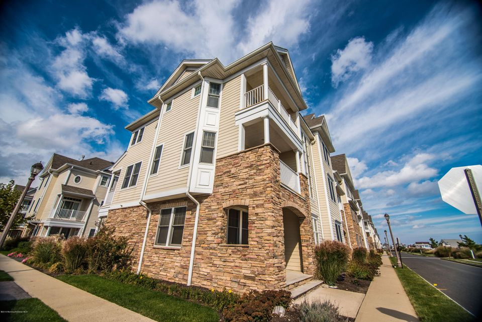 Condominium for Rent at 2 Mckinley Street Long Branch, 07740 United States