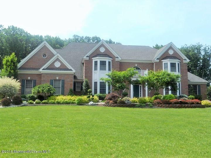 Single Family Home for Sale at 4 Blueberry Hill Marlboro, New Jersey 07746 United States