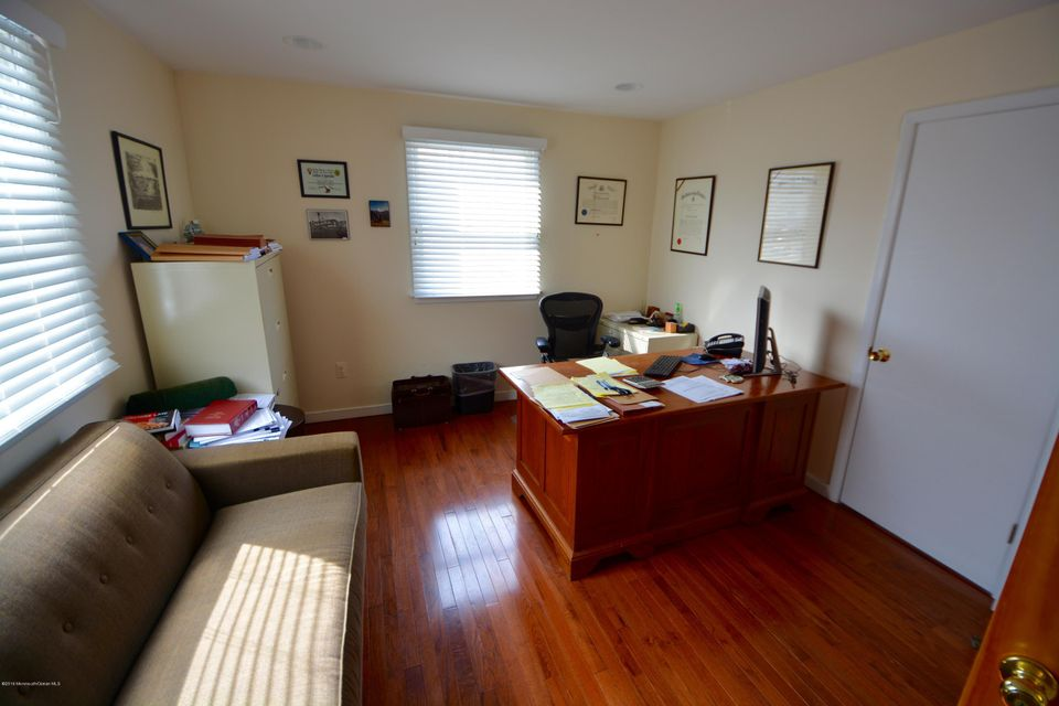 Additional photo for property listing at 476 Broad Street  什鲁斯伯里, 新泽西州 07702 美国