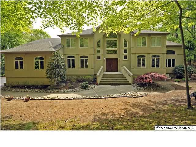 Additional photo for property listing at 11 Marseille Terrace  Morganville, New Jersey 07751 États-Unis