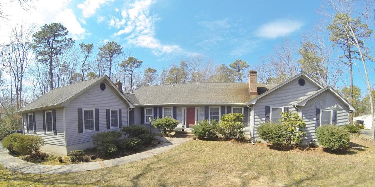 Maison unifamiliale pour l Vente à 21 Forest Edge Drive Little Egg Harbor, New Jersey 08087 États-Unis