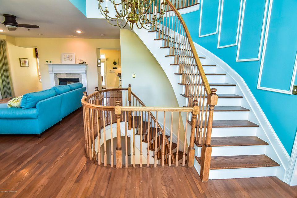 Additional photo for property listing at 2 Mckinley Street  Long Branch, Nueva Jersey 07740 Estados Unidos