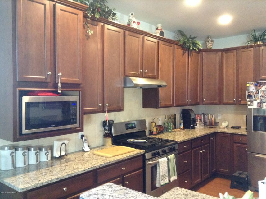 Additional photo for property listing at 64 Aberdeen Lane  Manchester, New Jersey 08759 États-Unis