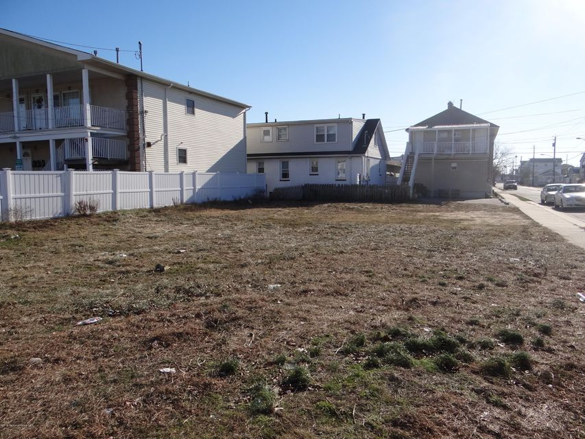 Additional photo for property listing at 304-C Barnegat Avenue  Seaside Heights, 新泽西州 08751 美国