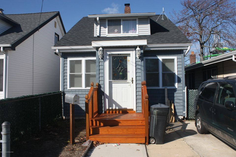 Single Family Home for Sale at 63 Seabreeze Way Keansburg, New Jersey 07734 United States