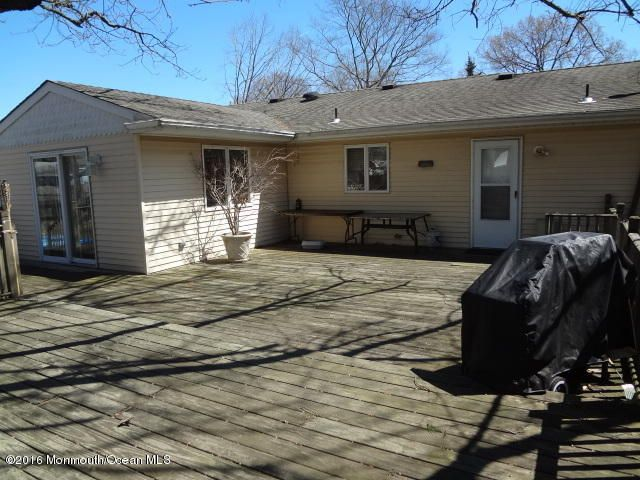 Additional photo for property listing at 302 Foxwood Lane  Forked River, New Jersey 08731 États-Unis