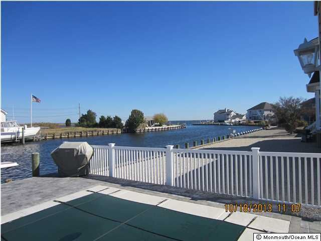 Additional photo for property listing at 1138 Laurel Boulevard  Lanoka Harbor, New Jersey 08734 United States