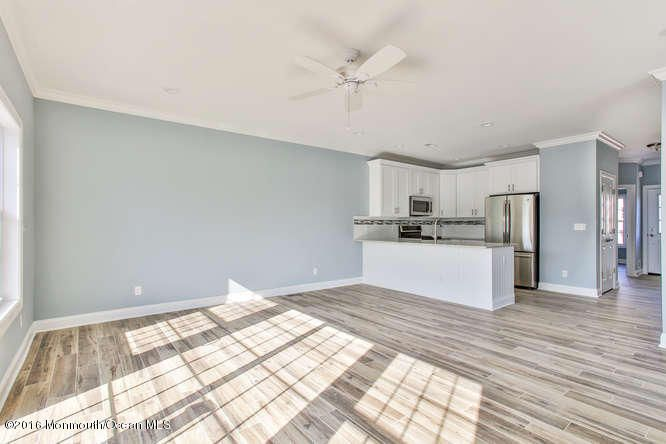 Additional photo for property listing at 1835 A Washington Avenue  Ortley Beach, New Jersey 08751 États-Unis