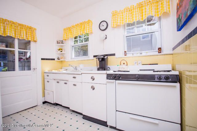 Additional photo for property listing at 514 Brighton Avenue  斯普林莱克, 新泽西州 07762 美国