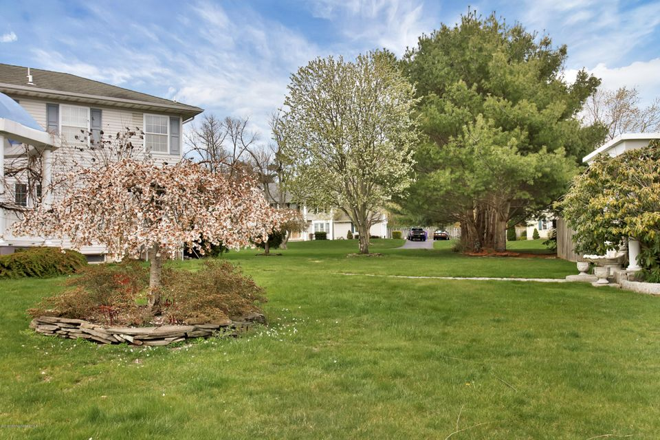 Additional photo for property listing at 613 Hill Drive  Brick, New Jersey 08724 États-Unis