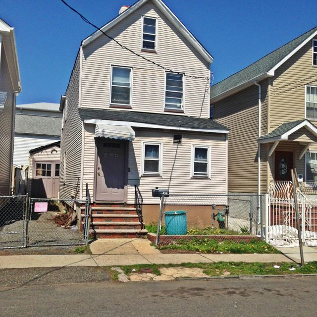 Additional photo for property listing at 424 Henry Street  Elizabeth, New Jersey 07201 États-Unis