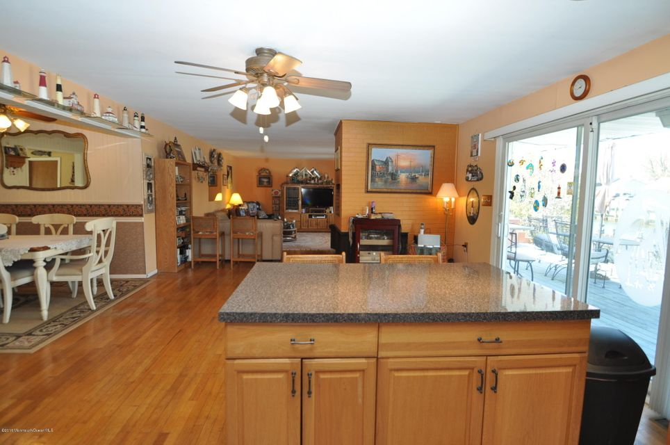 Additional photo for property listing at 920 Bowsprit Point  Lanoka Harbor, New Jersey 08734 États-Unis