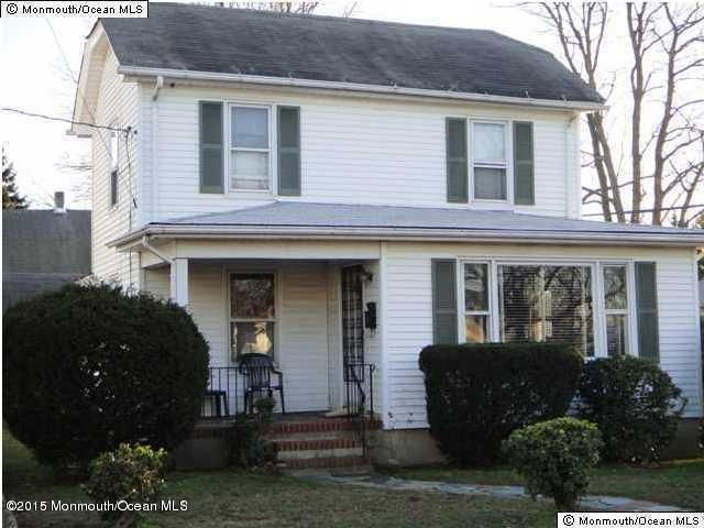 Maison unifamiliale pour l Vente à 53 Sunset Avenue Red Bank, New Jersey 07701 États-Unis