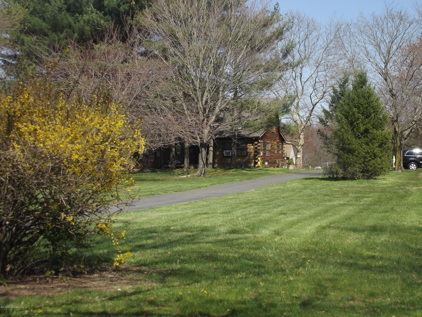 Additional photo for property listing at 45 Imlaystown Hightstown Road  Allentown, New Jersey 08501 États-Unis