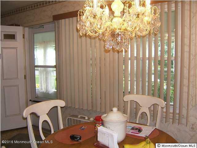 Additional photo for property listing at 96b Edinburgh Lane  Lakewood, New Jersey 08701 United States