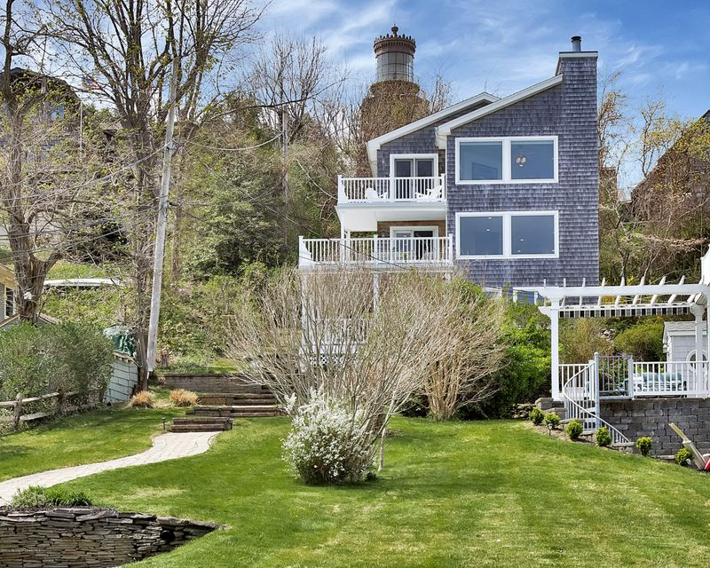 Single Family Home for Sale at 9 Ocean Street Highlands, New Jersey 07732 United States