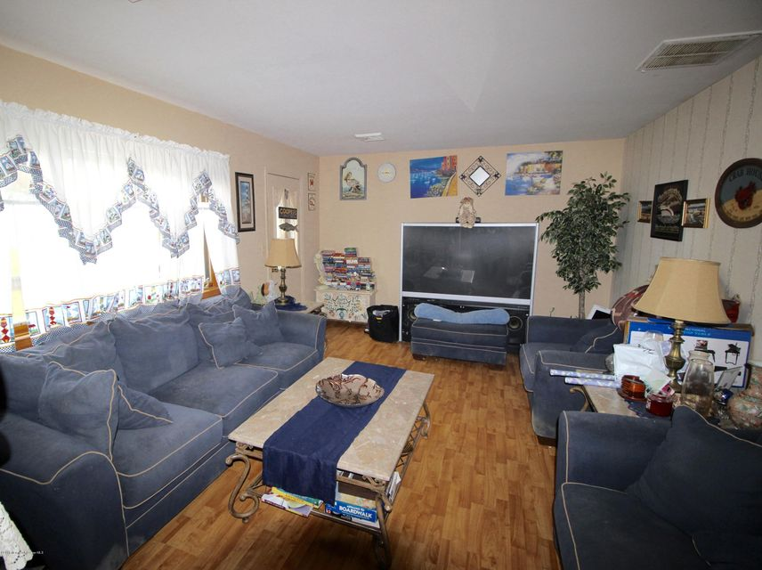 Additional photo for property listing at 538 Brentwood Road  Forked River, New Jersey 08731 États-Unis