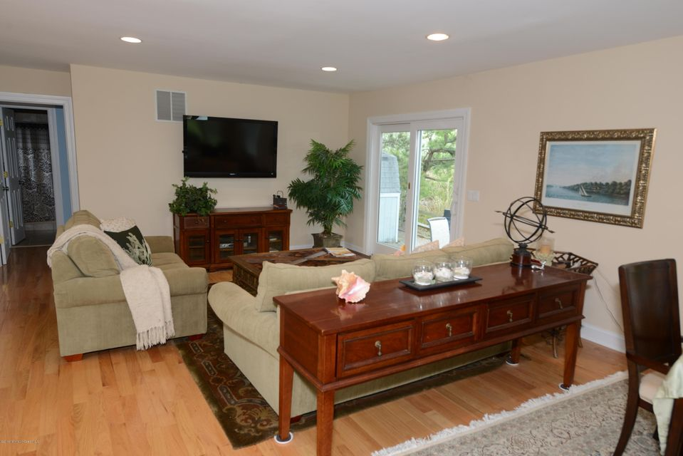 Additional photo for property listing at 34 Deep Creek  Manasquan, New Jersey 08736 United States