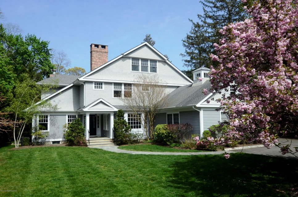 Single Family Home for Sale at 77 Hance Road Fair Haven, New Jersey 07704 United States