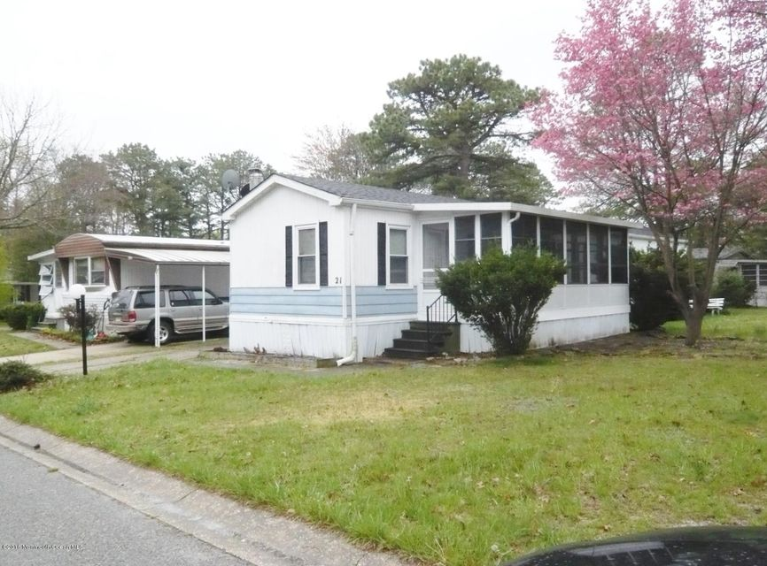 Single Family Home for Sale at 21 Susan Drive Barnegat, New Jersey 08005 United States