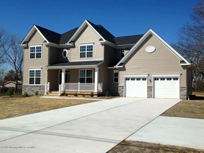 Casa Unifamiliar por un Venta en 371 Colonial Drive Toms River, Nueva Jersey 08753 Estados Unidos